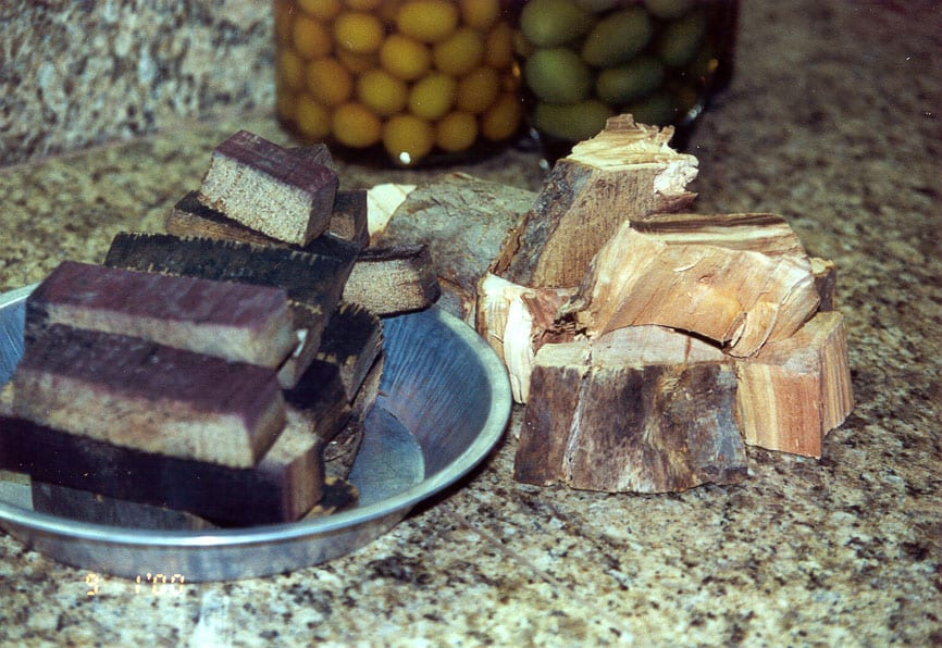 Wine barrel oak chunks & apple chunks
