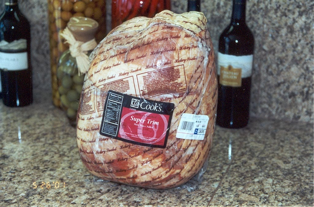 Whole ready-to-cook ham in packaging