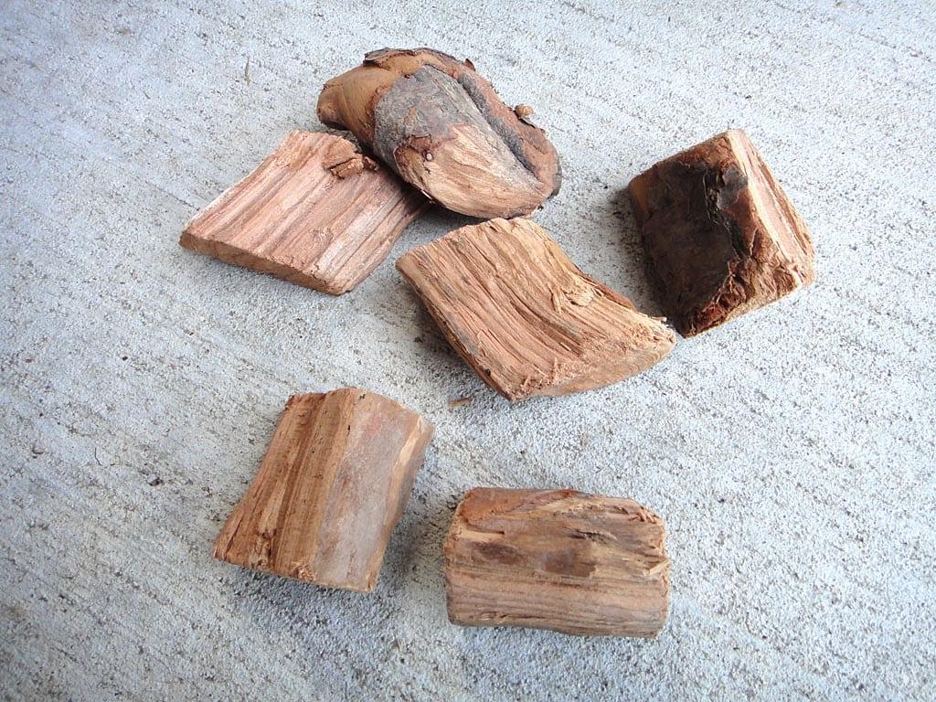 6 chunks of apple smoke wood