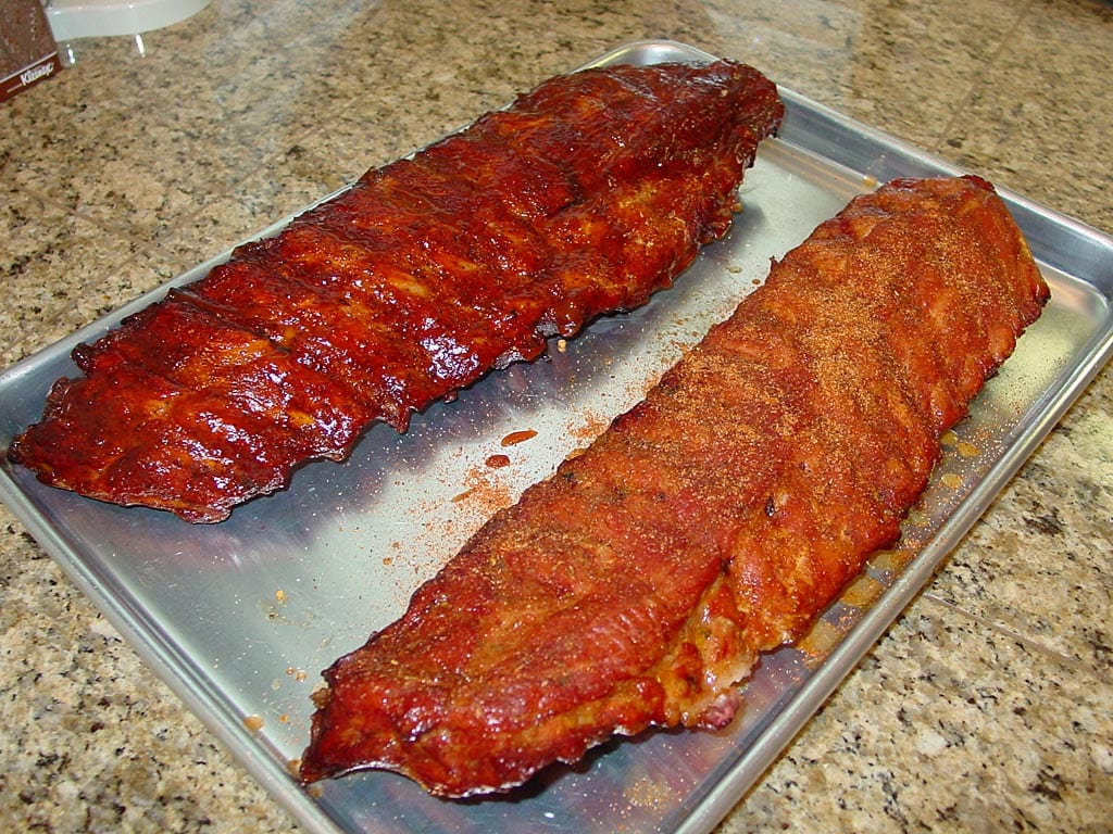 Wet ribs (left) vs. dry ribs (right)