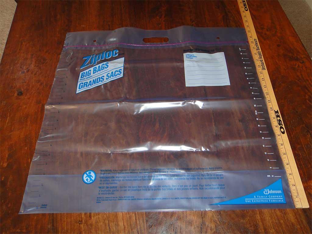 Ziploc Big Bags XL with yard stick
