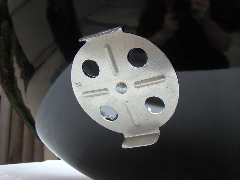 Close-up of bowl vent damper