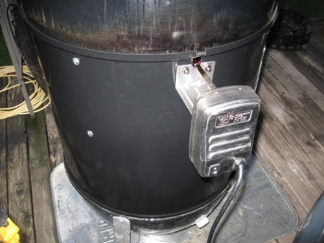 Close-up of motor mount