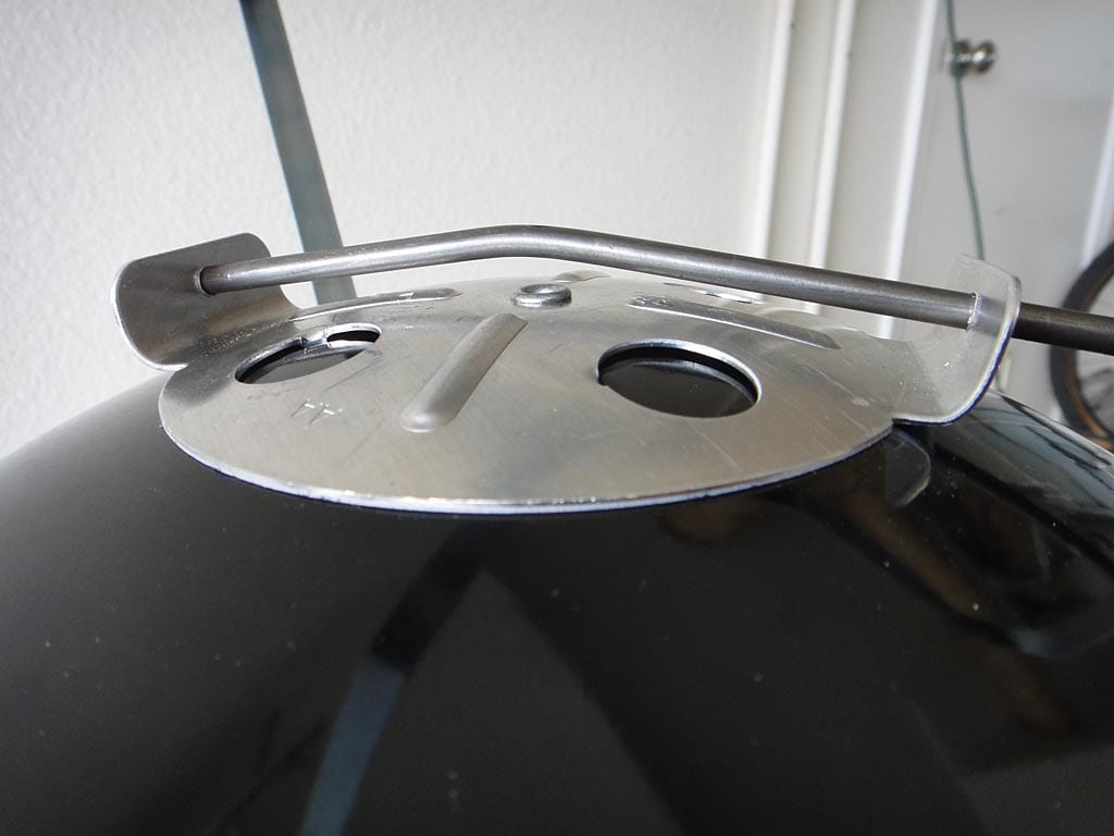 Close-up of damper handle bend