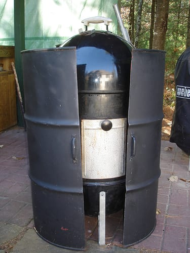 Hinged 55-gallon drum