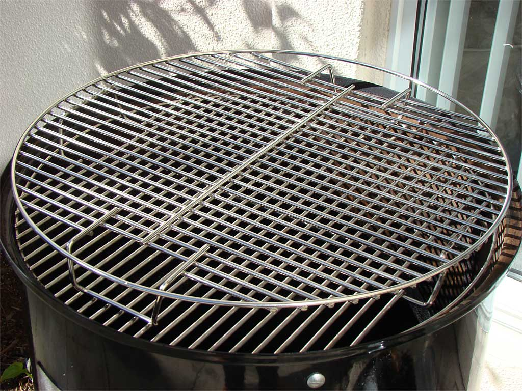 Flipped top cooking grate