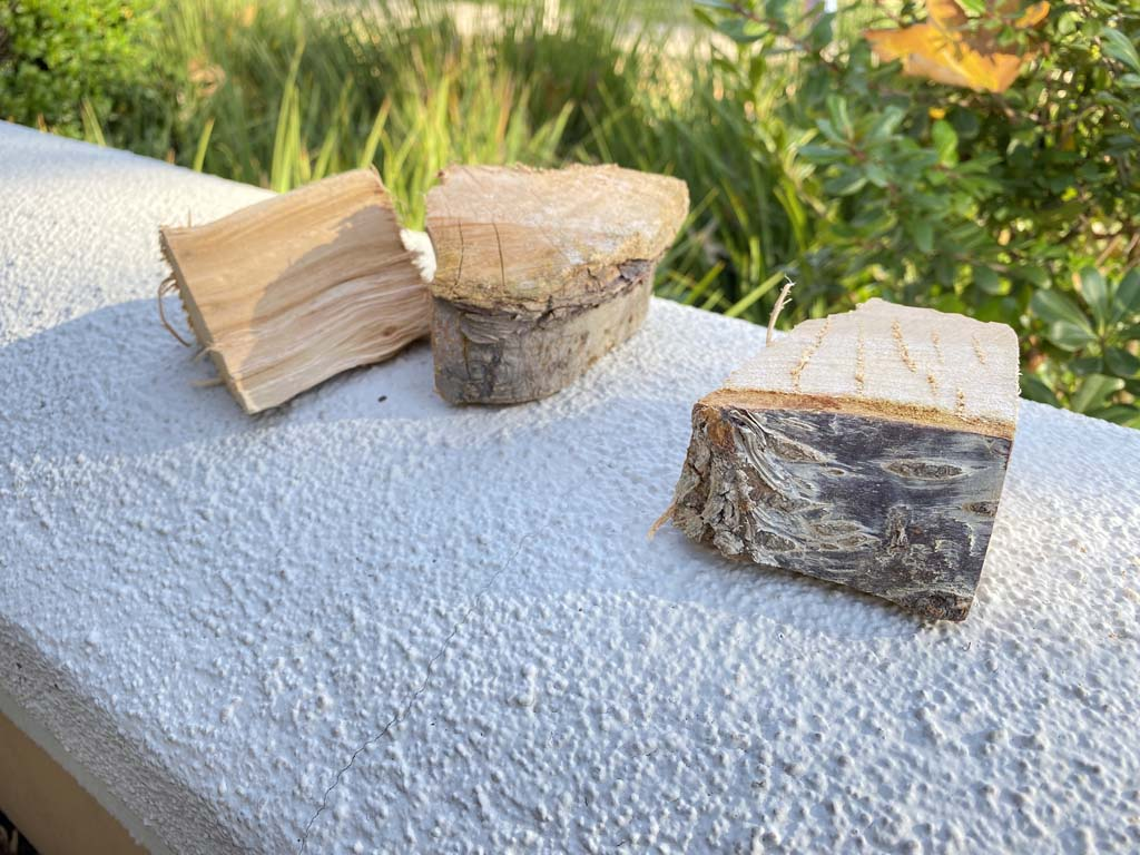 Apple and cherry smoke wood chunks