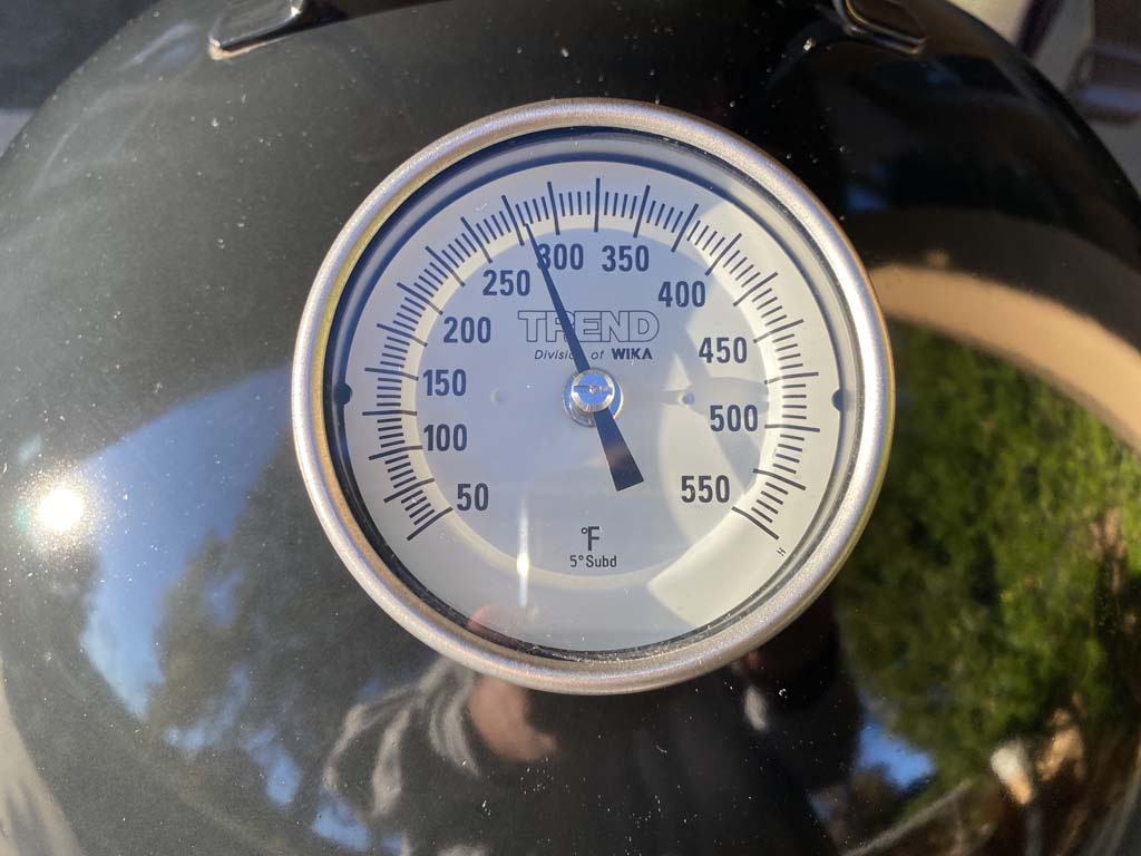 Thermometer showing 275F