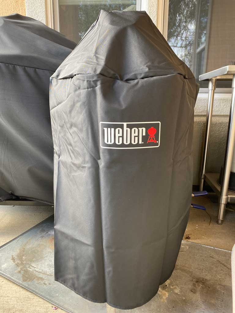 Lightweight premium grill cover