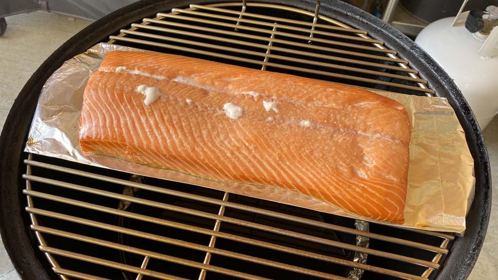 Albumin on smoke salmon